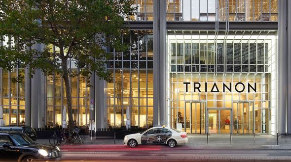 TRIANON LIGHTS UP